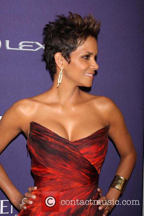BET Honors 2013: Red Carpet Presented By Pantene...