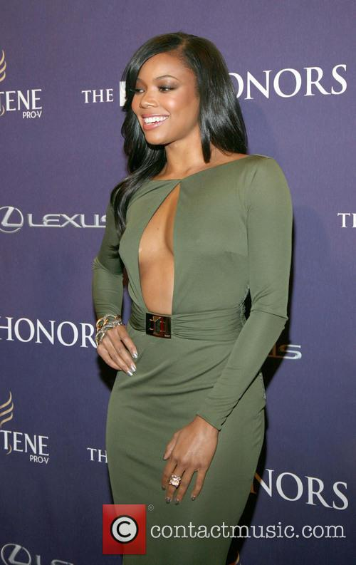 gabrielle union bet honors 2013 red carpet 20056387