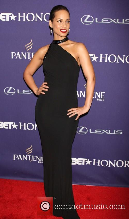 alicia keys bet honors 2013 red carpet 20056381