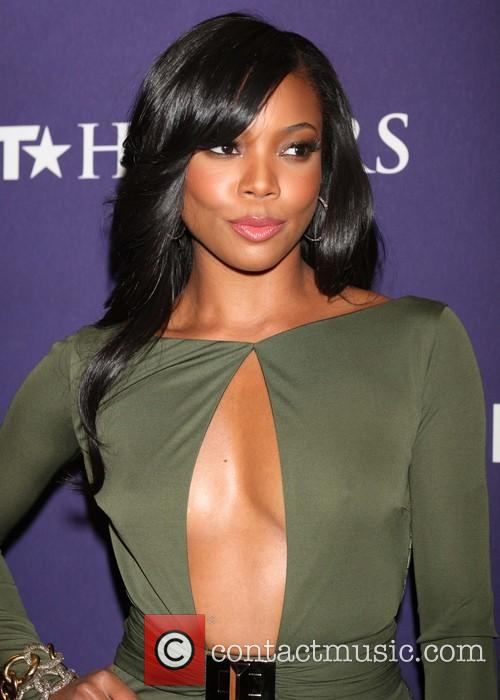 gabrielle union bet honors 2013 red carpet 20056372