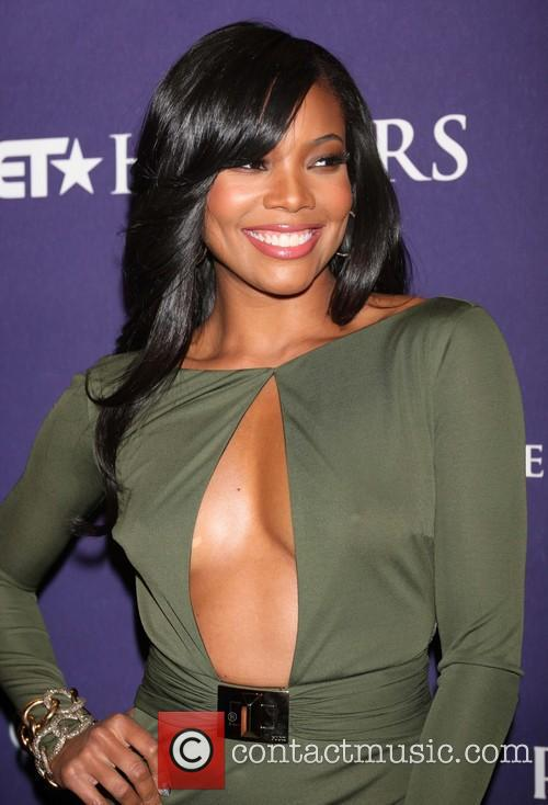 gabrielle union bet honors 2013 red carpet 20056375