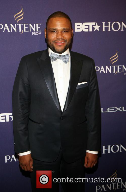 Anthony Anderson BET Honors 2013: Red Carpet Presented...