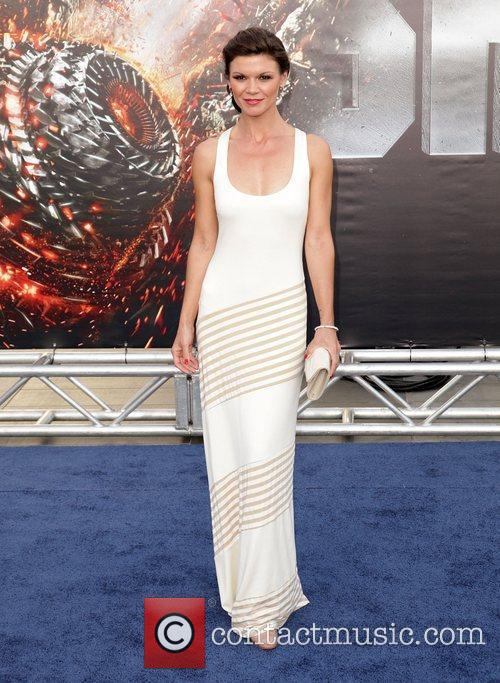Danielle Vasinova Battleship premiere at the NOKIA Theatre...