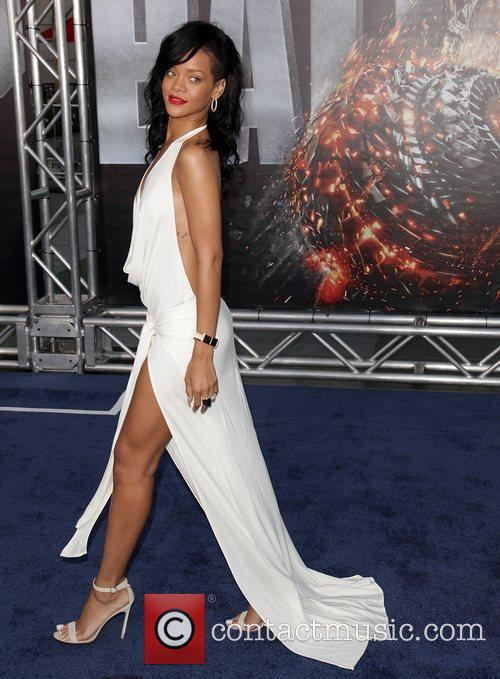 Rihanna 13