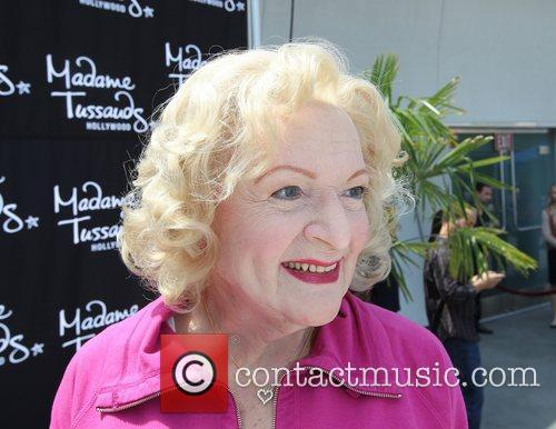 betty white attends the unveiling of her 3926868