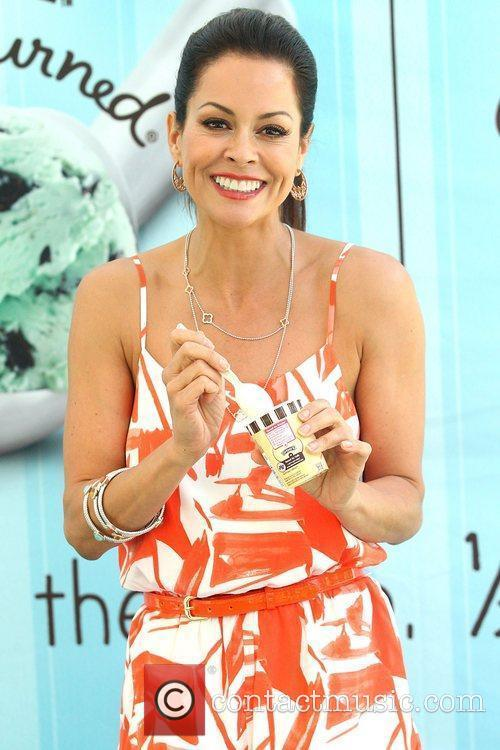 Brooke Burke Launches A Reason To Smile Benefiting...