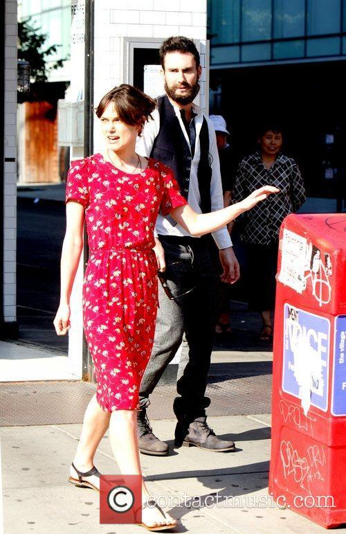 Keira Knightley and Adam Levine 2