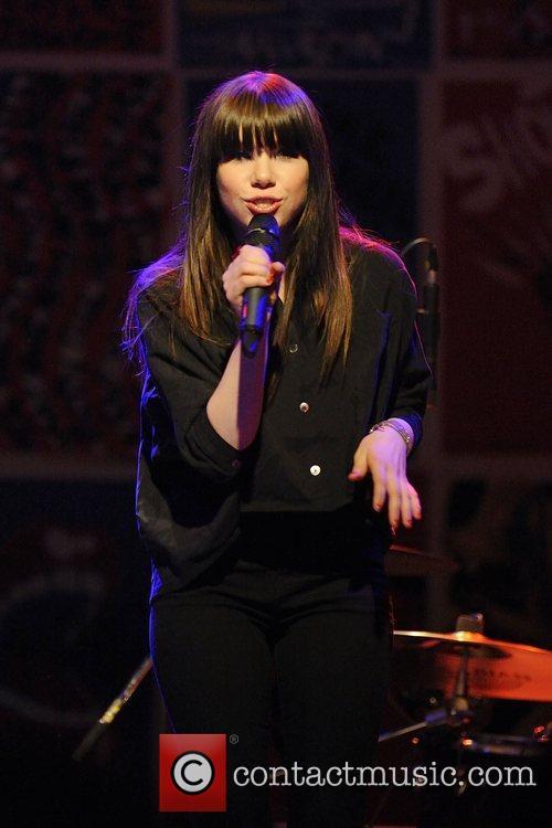 Carly Rae Jepsen 8
