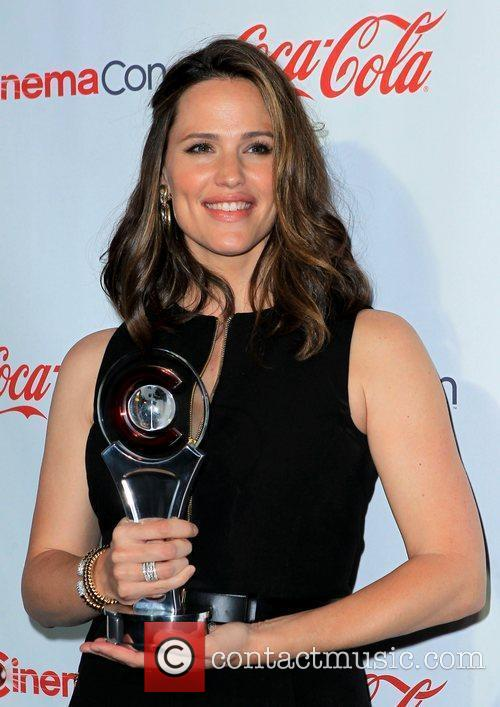Jennifer Garner and Caesars Palace 8
