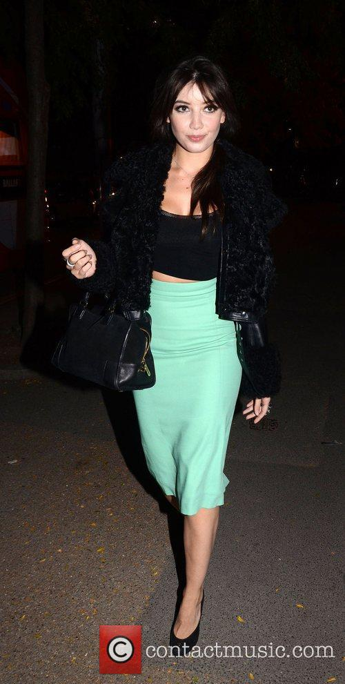 daisy lowe crazy horse premiere after 4089352