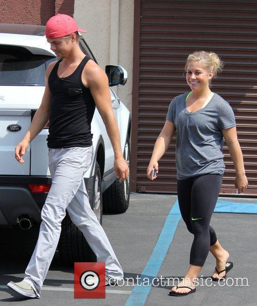 derek hough and shawn johnson at the 4075268