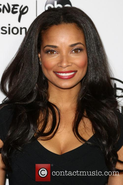 rochelle aytes disney abc television group hosts 20053414