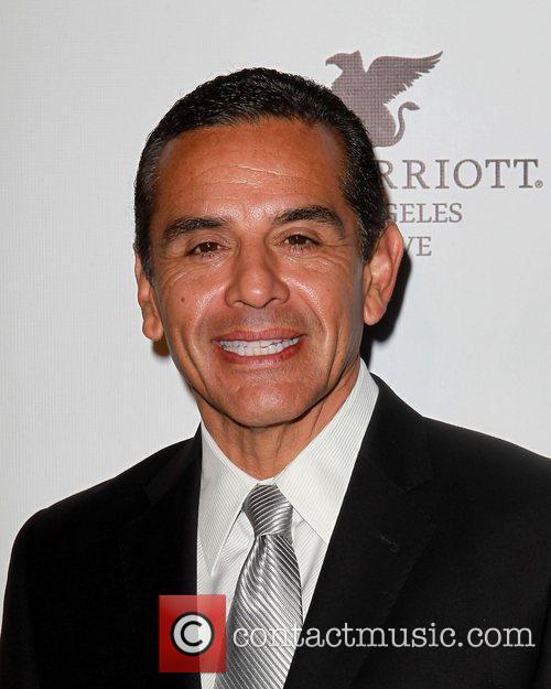 LA Mayor Antonio Villaraigosa  Los Angeles Police...
