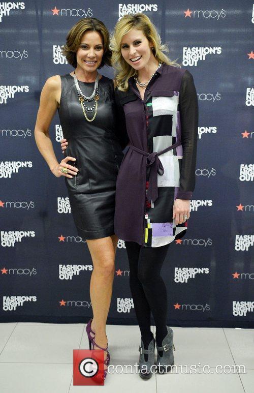 Countess Luann De Lesseps and Niki Taylor 4
