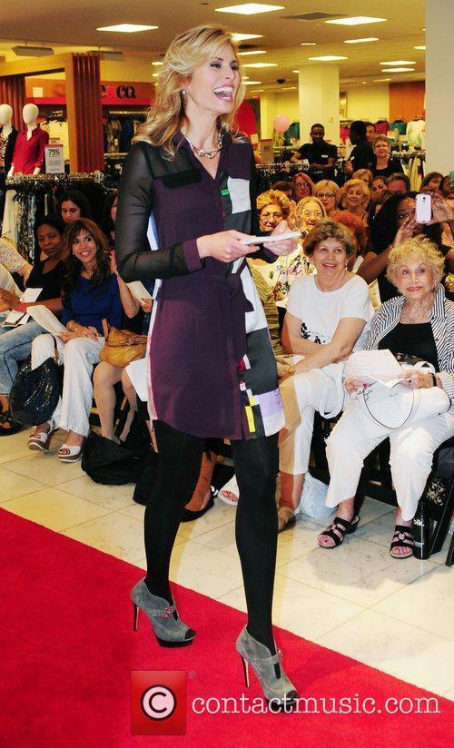 Niki Taylor 4