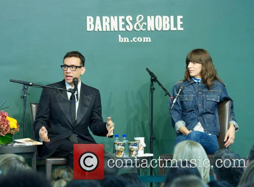 Fred Armisen, Portlandia, Upstairs and Square 6