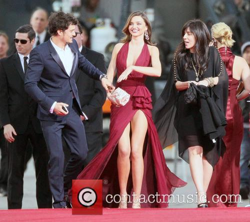 Orlando Bloom, Miranda Kerr and Beverly Hilton Hotel 12