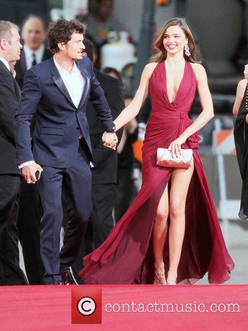 Miranda Kerr, Golden Globes Dress 2013