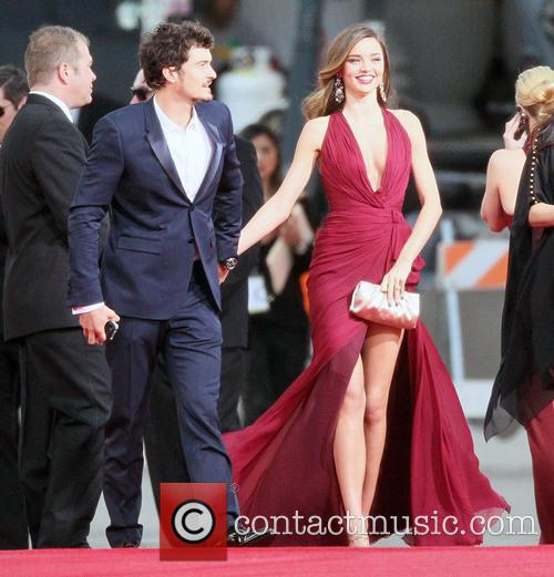 Orlando Bloom, Miranda Kerr and Beverly Hilton Hotel 6