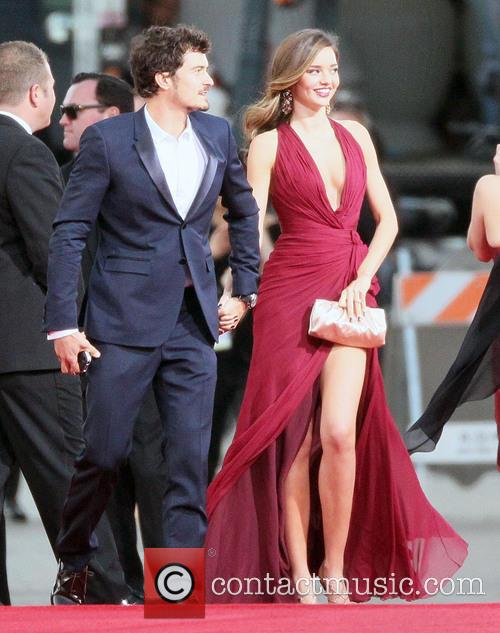 Orlando Bloom, Miranda Kerr and Beverly Hilton Hotel 13