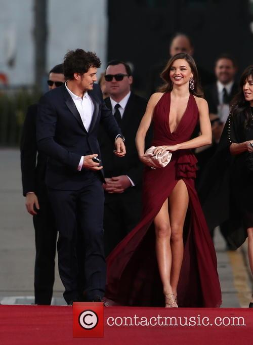 Orlando Bloom, Miranda Kerr and Beverly Hilton Hotel 28
