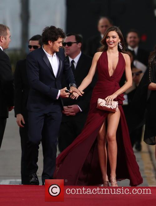 Orlando Bloom, Miranda Kerr and Beverly Hilton Hotel 44