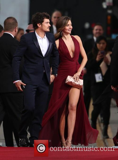 Orlando Bloom, Miranda Kerr and Beverly Hilton Hotel 27