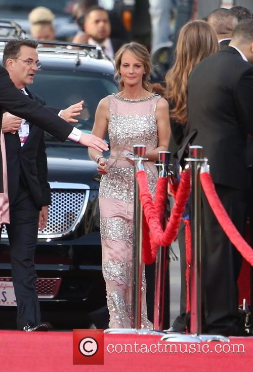 Helen Hunt and Beverly Hilton Hotel 5