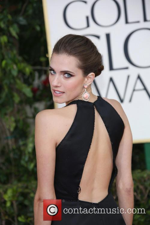Allison Williams and Beverly Hilton Hotel 7