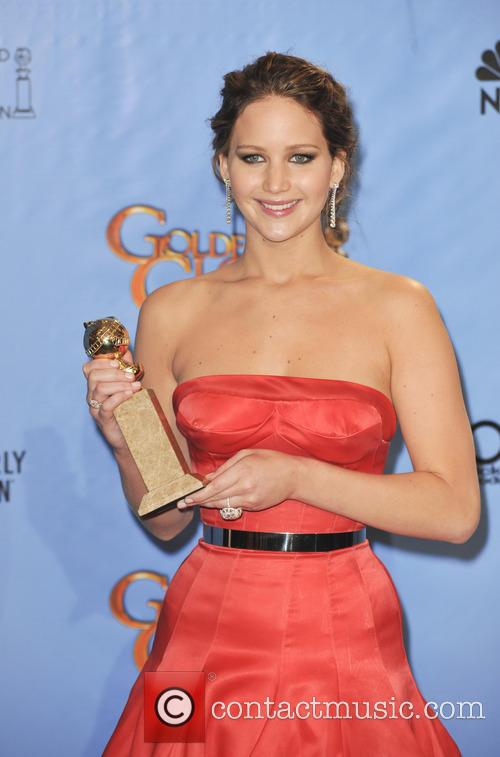 Jennifer Lawrence and Beverly Hilton Hotel 4