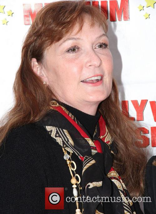 Linda Lewis 5