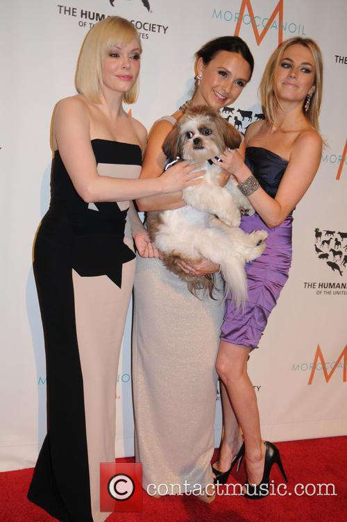 Georgina Bloomberg, Amanda Hearst and Rose Mcgowan 3