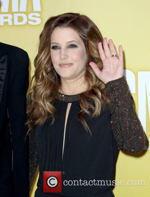 Lisa Marie Presley and Cma Awards 4
