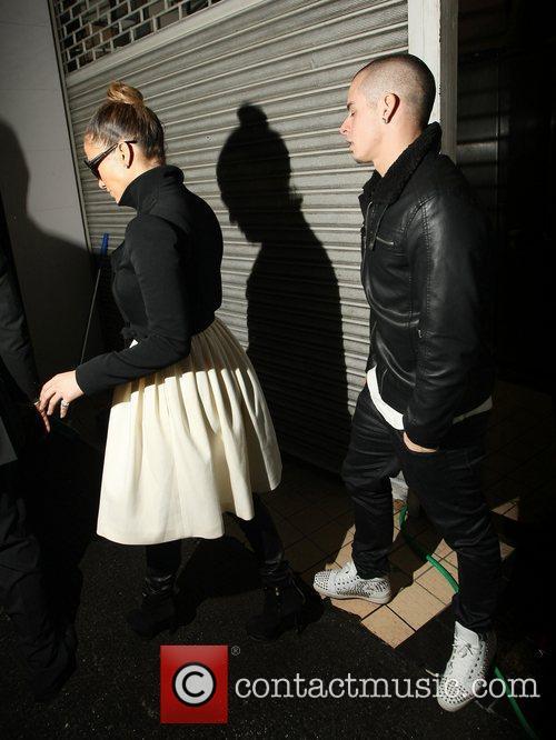Jennifer Lopez and Casper Smart 9