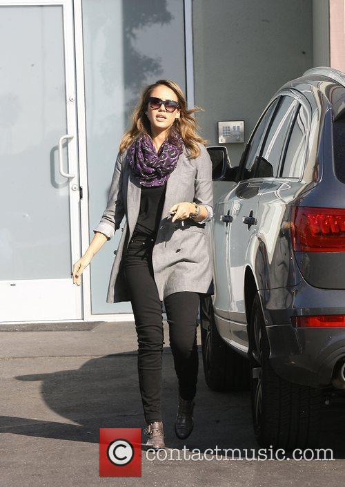 Jessica Alba arriving at Toys R US Los...