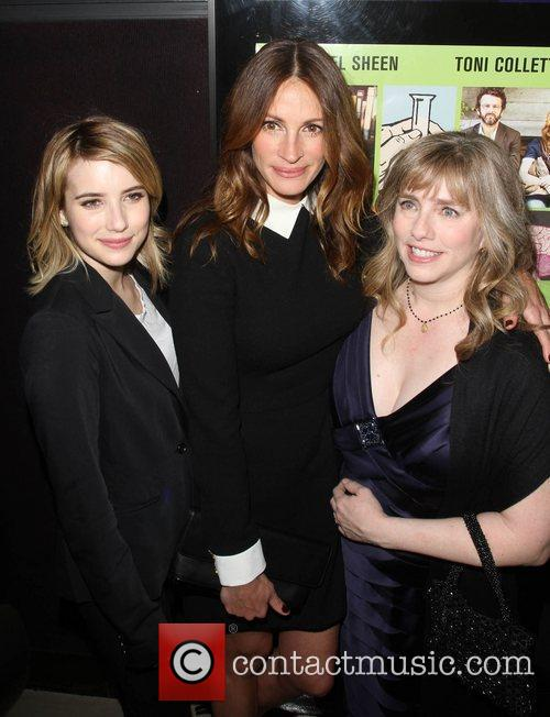 Emma, Julia and Lisa Roberts