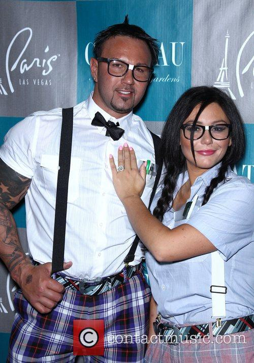 Roger Mathews and Jenni Jwoww Farley 2