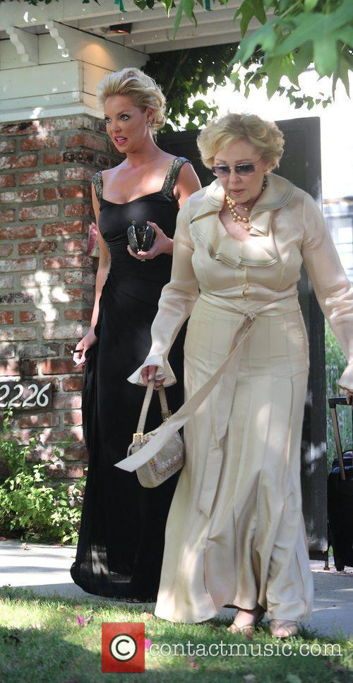 Katherine Heigl and her mother Nancy leaving Katherine's...