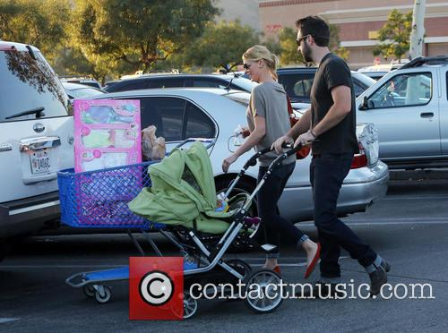 Katherine Heigl, Josh Kelly, Adalaide and Party City 7