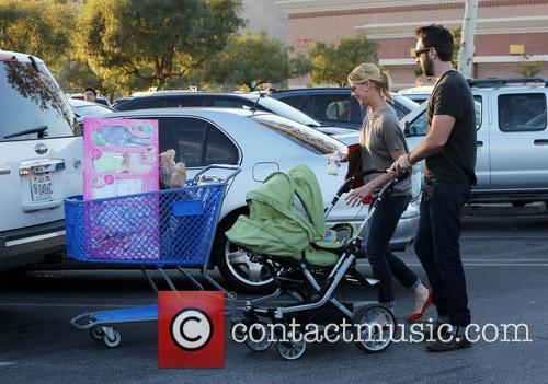 Katherine Heigl, Josh Kelly, Adalaide and Party City 2