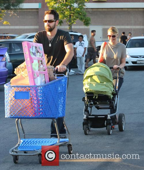 Katherine Heigl, Josh Kelly, Adalaide and Party City 4