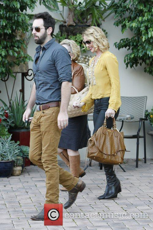 Josh Kelley, Nancy Heigl and Katherine Heigl 3