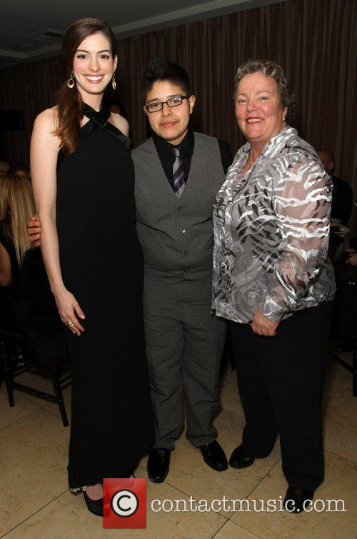 anne hathaway ana campos and lori jean 3697514