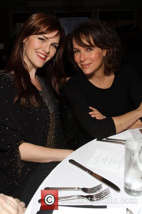 Sara Rue and Jennifer Grey 2