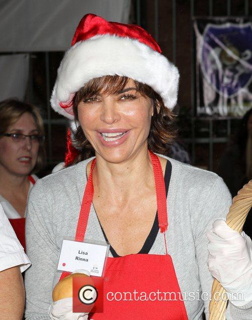 Lisa Rinna Los Angeles Mission Christmas Eve For...