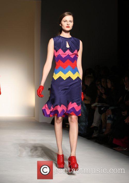 Model and London Fashion Week 8
