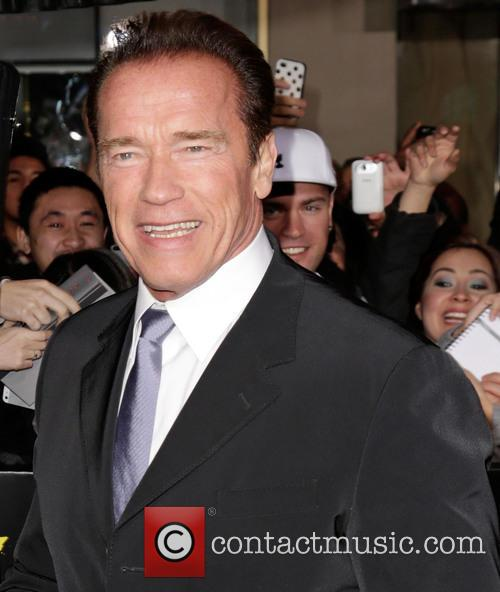 Arnold Schwarzenegger and Grauman's Chinese Theatre 4