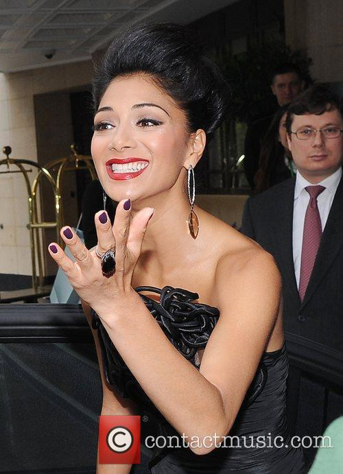 Nicole Scherzinger and Dorchester Hotel 2