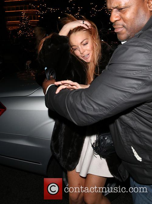 Lindsay Lohan Lindsay Lohan leaving C London restaurant...