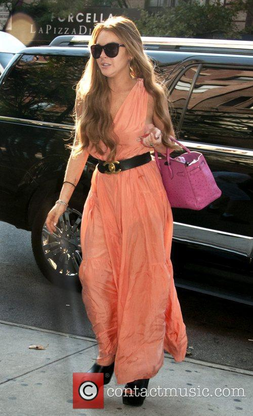 Lindsay Lohan and Manhattan Hotel 3